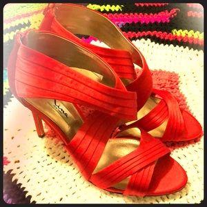 Nina Red Satin Heels women's Size 10